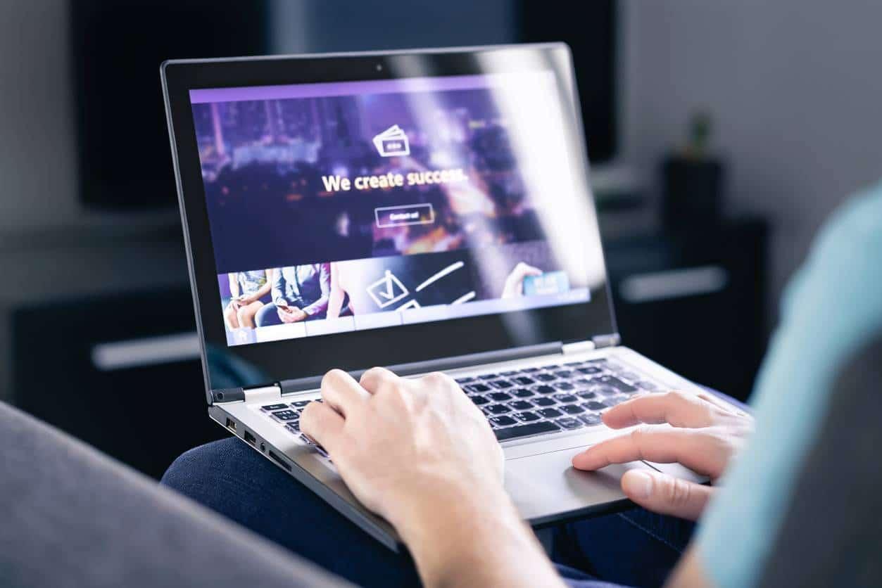 qualités et aptitudes requises pour devenir développeur web